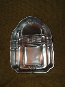 Wilton 1983 Rockin Jukebox Cake Pan 502 1387