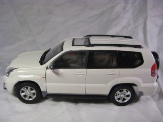 Toyota Land Cruiser Prado White Cararama Diecast Car Collection Model