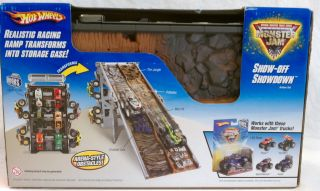 Hot Wheels Show Off Showdown Action Set W/ Grave Digger Monster Truck