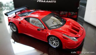 Hotwheels ELITE Ferrari 458 Italia GT2 Red Hot Wheels DIECAST New
