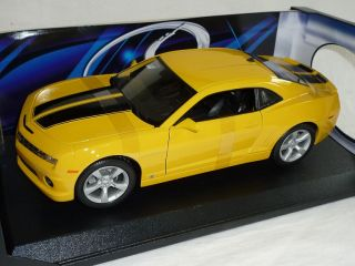 CHEVY CHEVROLET CAMARO 2010 SS RS GELB BUMBLE BEE AUS TRANSFORMERS 1