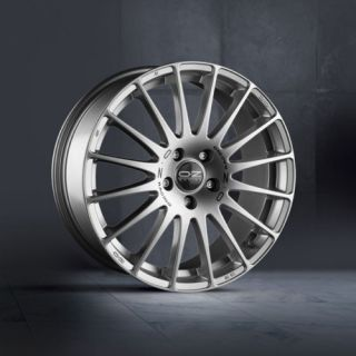 OZ SUPERTURISMO GT 8x19 ET48 LK 5/112 RACING SILBER