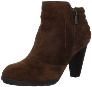 Kenneth Cole REACTION Womens So Hunt Ankle Boot Shoes