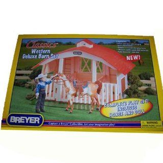 Breyer Classics Deluxe Stable Set with Pinto Horse and